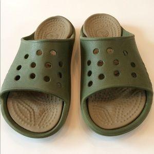 Crocs slip on sandals. GUC. Men-8/ Women-10. Comfy